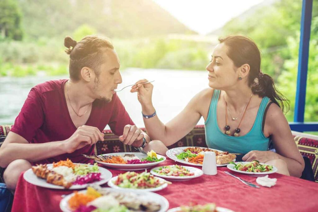 Learn how managing the right nutrition benefits your recovery from this article.